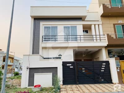 5 Marla Brand New Furnished House For Sale