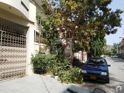400 Sq Yds House For Sale In Gulshan-e-Iqbal - Block 13/D-1
