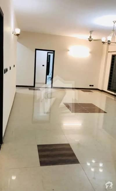ڈی ایچ اے فیز 2 - سیکٹر ڈی ڈی ایچ اے ڈیفینس فیز 2 ڈی ایچ اے ڈیفینس اسلام آباد میں 3 کمروں کا 12 مرلہ فلیٹ 2.1 کروڑ میں برائے فروخت۔