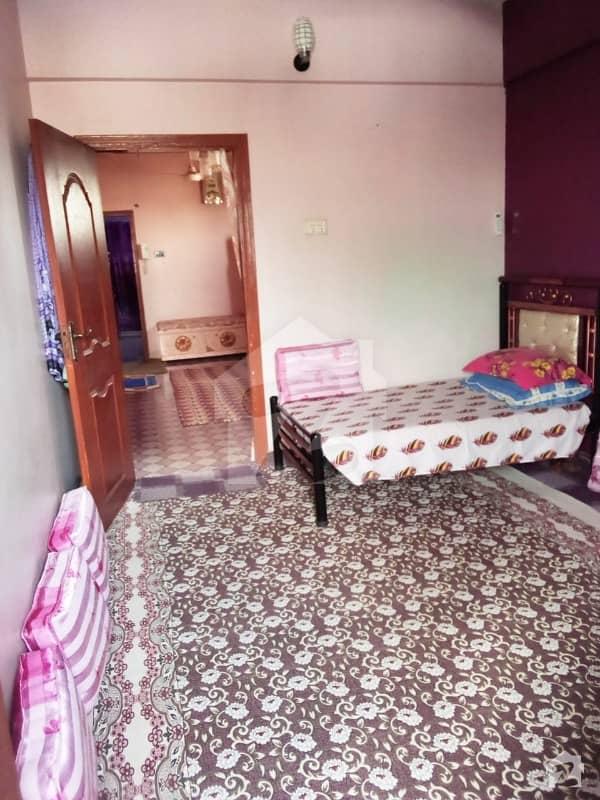 پاکستان چوک کراچی میں 3 کمروں کا 4 مرلہ فلیٹ 72 لاکھ میں برائے فروخت۔