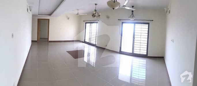 عسکری 6 پشاور میں 4 کمروں کا 12 مرلہ فلیٹ 1.88 کروڑ میں برائے فروخت۔
