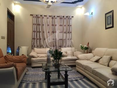 120 Sq Yd Well Maintained Bungalow For Sale