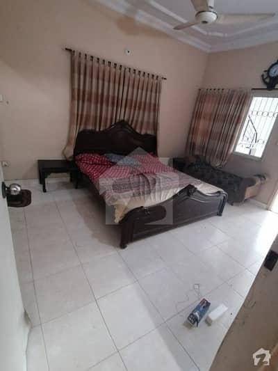 گلبرگ ٹاؤن کراچی میں 4 کمروں کا 8 مرلہ مکان 45 ہزار میں کرایہ پر دستیاب ہے۔