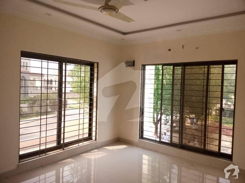 بحریہ آرچرڈ فیز 1 ۔ ایسٹزن بحریہ آرچرڈ فیز 1 بحریہ آرچرڈ لاہور میں 3 کمروں کا 5 مرلہ مکان 69.9 لاکھ میں برائے فروخت۔
