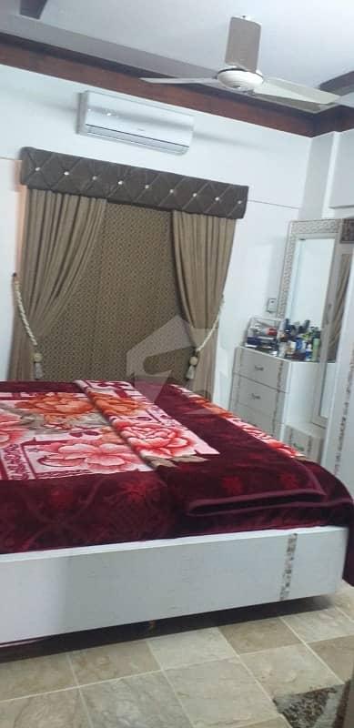 گلشنِ اقبال - بلاک 5 گلشنِ اقبال گلشنِ اقبال ٹاؤن کراچی میں 7 کمروں کا 10 مرلہ مکان 4.35 کروڑ میں برائے فروخت۔