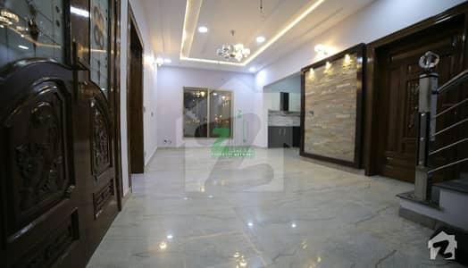 5 Beds 250 Yards Villa For Sale On Easy Installment Bahria Town Karachi