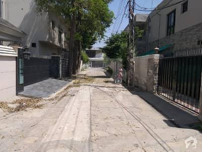 2 Kanal Demolish Able House Meeran Khan Road