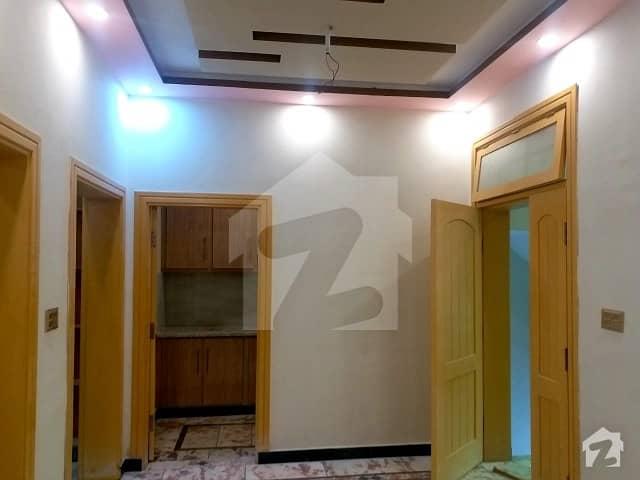 ورسک روڈ پشاور میں 6 کمروں کا 3 مرلہ مکان 77 لاکھ میں برائے فروخت۔