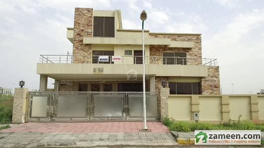 1 Kanal Beautiful Upper Portion Is Available For Rent