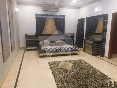 500 Sq Yd Furnished Bungalow Available For Rent