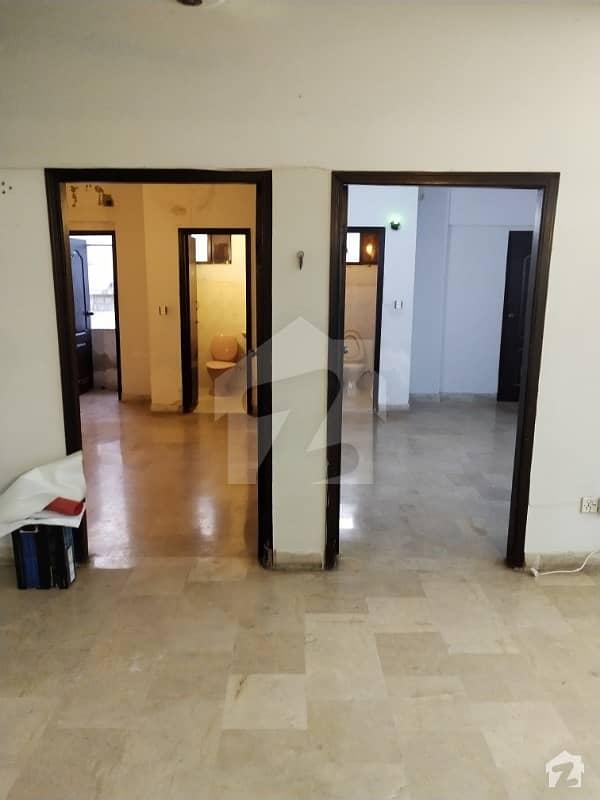Bungalow Facing 2 bed 3 Side Corner Building Flat For Rent