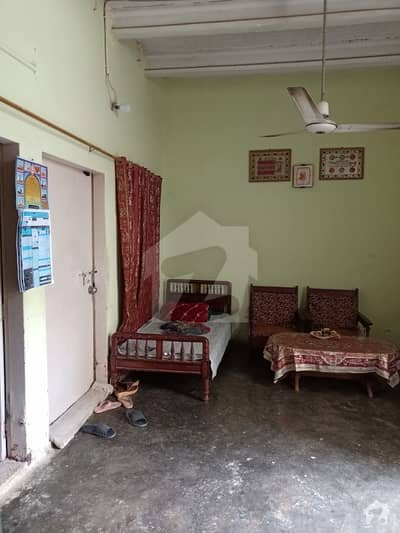 Chance Deal 120 Square Yards Ground Plus 1 House For Sale