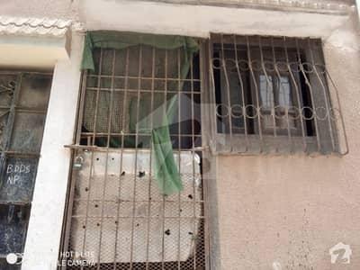 کورنگی ۔ سیکٹر 30 کورنگی انڈسٹریل ایریا کورنگی کراچی میں 2 کمروں کا 3 مرلہ مکان 70 لاکھ میں برائے فروخت۔