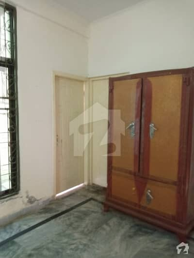 سنی پارک لاہور میں 1 کمرے کا 1 مرلہ فلیٹ 7 ہزار میں کرایہ پر دستیاب ہے۔