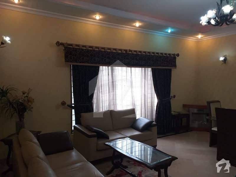 ابدالینز سوسائٹی ۔ بلاک بی ابدالینزکوآپریٹو ہاؤسنگ سوسائٹی لاہور میں 6 کمروں کا 14 مرلہ مکان 4.5 کروڑ میں برائے فروخت۔