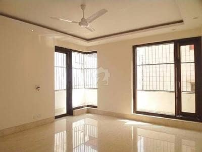 Luxury House On Ideal Location At Reasonable Price