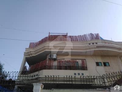 کلفٹن ۔ بلاک 2 کلفٹن کراچی میں 4 کمروں کا 10 مرلہ مکان 6.5 کروڑ میں برائے فروخت۔