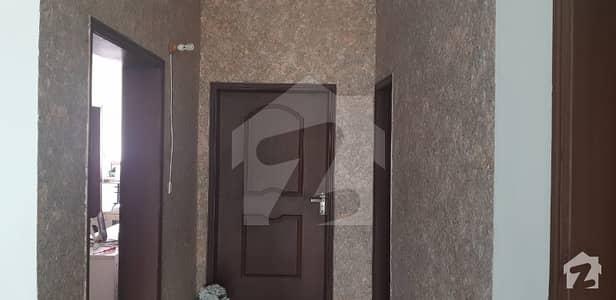 عسکری 11 ۔ سیکٹر بی عسکری 11 عسکری لاہور میں 5 کمروں کا 10 مرلہ مکان 2.4 کروڑ میں برائے فروخت۔