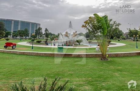 Discounted Price Full Developed 10 Marla Plot For Sale In Golf Bahria Town Lahore