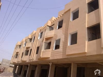 Leased Flat On Gohar Green City For Sale With Roof