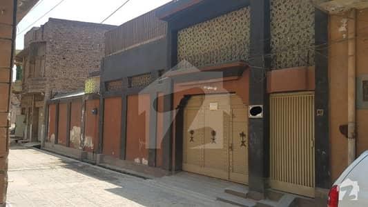 اعجاز آباد روڈ پشاور میں 7 کمروں کا 19 مرلہ مکان 3.3 کروڑ میں برائے فروخت۔