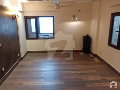 Apartment 4 Bedrooms Drawing Dinning For Sale in Clifton block 2