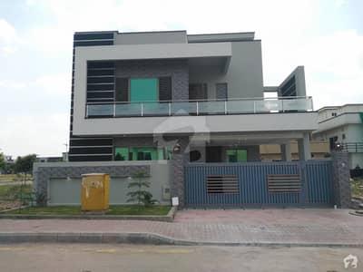 بحریہ گرینز۔ اوورسیز انکلیو - سیکٹر 6 بحریہ گرینز۔ اوورسیز انکلیو بحریہ ٹاؤن فیز 8 بحریہ ٹاؤن راولپنڈی راولپنڈی میں 5 کمروں کا 10 مرلہ مکان 2.5 کروڑ میں برائے فروخت۔