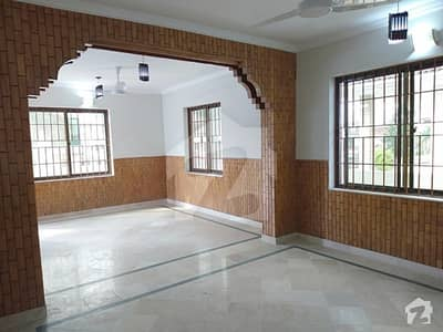 G-11 50x90 Corner Triple Story And Unit 3 Independent Gates Beautiful House For Sale