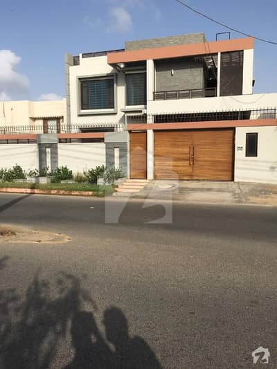 Chance Deal 666 Yards Beautiful Slightly Used Bungalow With Swimming Pool In Prime Location Of Dha Phase 6 Karachi