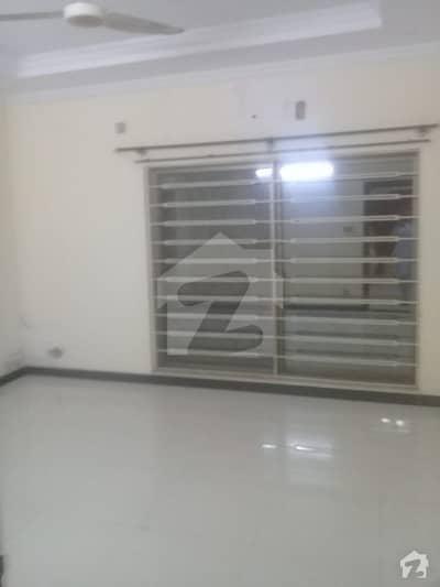 Umer Block 7 Marla House For Rent