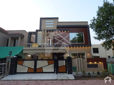 10 Marla Brand New House For Sale In Jasmine Block Bahria Town Lahore