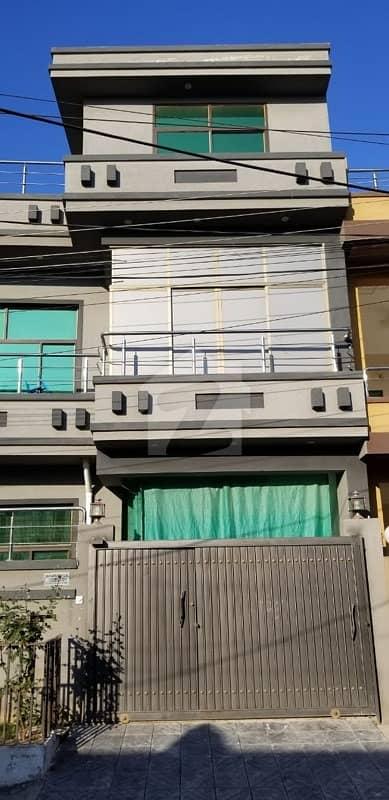 گلریز ہاؤسنگ سوسائٹی فیز 2 گلریز ہاؤسنگ سکیم راولپنڈی میں 5 کمروں کا 6 مرلہ مکان 95 لاکھ میں برائے فروخت۔