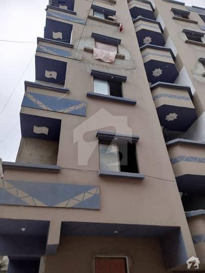 لیاقت آباد - بلاک 5 لیاقت آباد کراچی میں 2 کمروں کا 2 مرلہ فلیٹ 24 لاکھ میں برائے فروخت۔