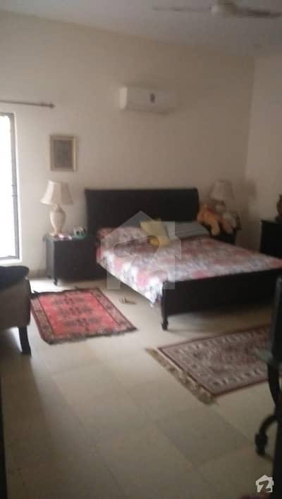 نیسپاک ہاؤسنگ سوسائٹی فیز 3 - بلاک اے نیسپاک سکیم فیز 3 ڈیفینس روڈ لاہور میں 4 کمروں کا 1 کنال مکان 2.1 کروڑ میں برائے فروخت۔