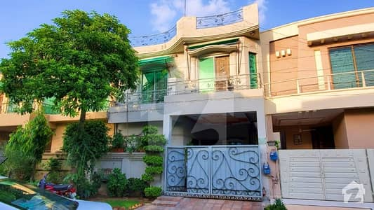 6 Marla Owner Build Beautiful 4 Beds Bungalow For Sale In DHA Phase 3 Lahore