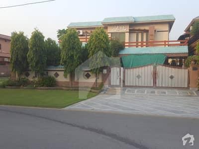ڈی ایچ اے فیز 2 - بلاک وی فیز 2 ڈیفنس (ڈی ایچ اے) لاہور میں 2 کمروں کا 1.15 کنال زیریں پورشن 1.2 لاکھ میں کرایہ پر دستیاب ہے۔