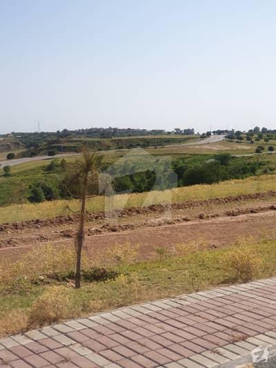 Installment 1 Kanal Plot Near Main Boulevard Level Near To Under Construction Houses Ideal For Investment