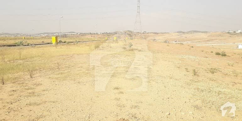 7 Marla Plot Available For Sale In I14
