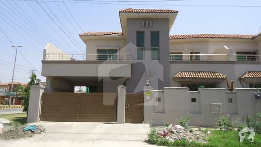 10 Marla Double Storey House Is Available For Sale In Askari 11 Block B Lahore