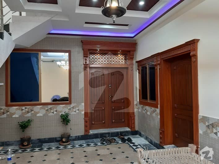 ارباب سبز علی خان ٹاؤن ورسک روڈ پشاور میں 6 مرلہ مکان 1.4 کروڑ میں برائے فروخت۔