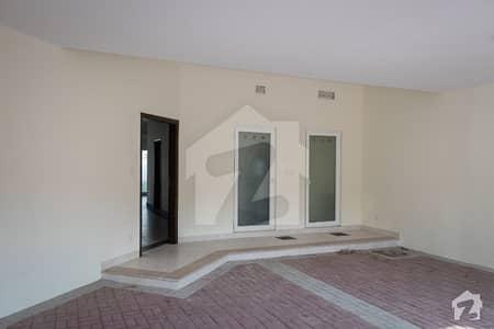 19 Marla Brand New Corner Villa In Alma Townhomes