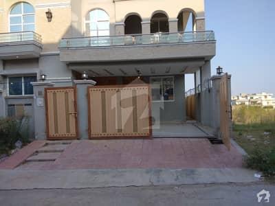 گلریز ہاؤسنگ سوسائٹی فیز 5 گلریز ہاؤسنگ سکیم راولپنڈی میں 6 کمروں کا 13 مرلہ مکان 2.1 کروڑ میں برائے فروخت۔