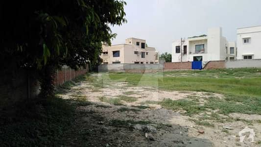 4.5 Kanal Plot For Sale In Babar Block Of Bahria Town Lahore
