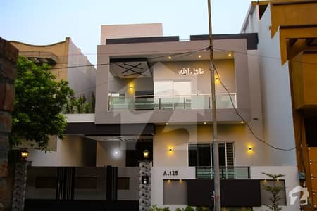10 Marla Brand New Luxury House For Sale