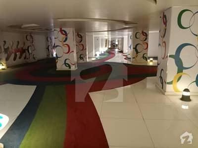 بہادر آباد گلشنِ اقبال ٹاؤن کراچی میں 3 کمروں کا 7 مرلہ فلیٹ 2.3 کروڑ میں برائے فروخت۔