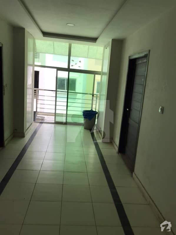 ایچ ۔ 12 اسلام آباد میں 3 کمروں کا 7 مرلہ فلیٹ 95 لاکھ میں برائے فروخت۔