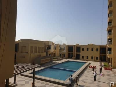 امارکریسنٹ بے ڈی ایچ اے فیز 8 ڈی ایچ اے کراچی میں 3 کمروں کا 12 مرلہ فلیٹ 4.5 کروڑ میں برائے فروخت۔