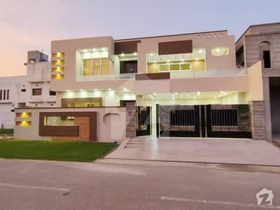 13 Marla Brand New Spanish House With Imported Material And High Class Construction