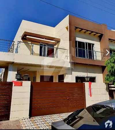 7.5 Marla Brand New Solid Designer House At Hot Location