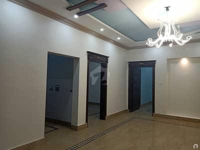 نیو شادمان کالونی گجرات میں 3 کمروں کا 10 مرلہ مکان 30 ہزار میں کرایہ پر دستیاب ہے۔
